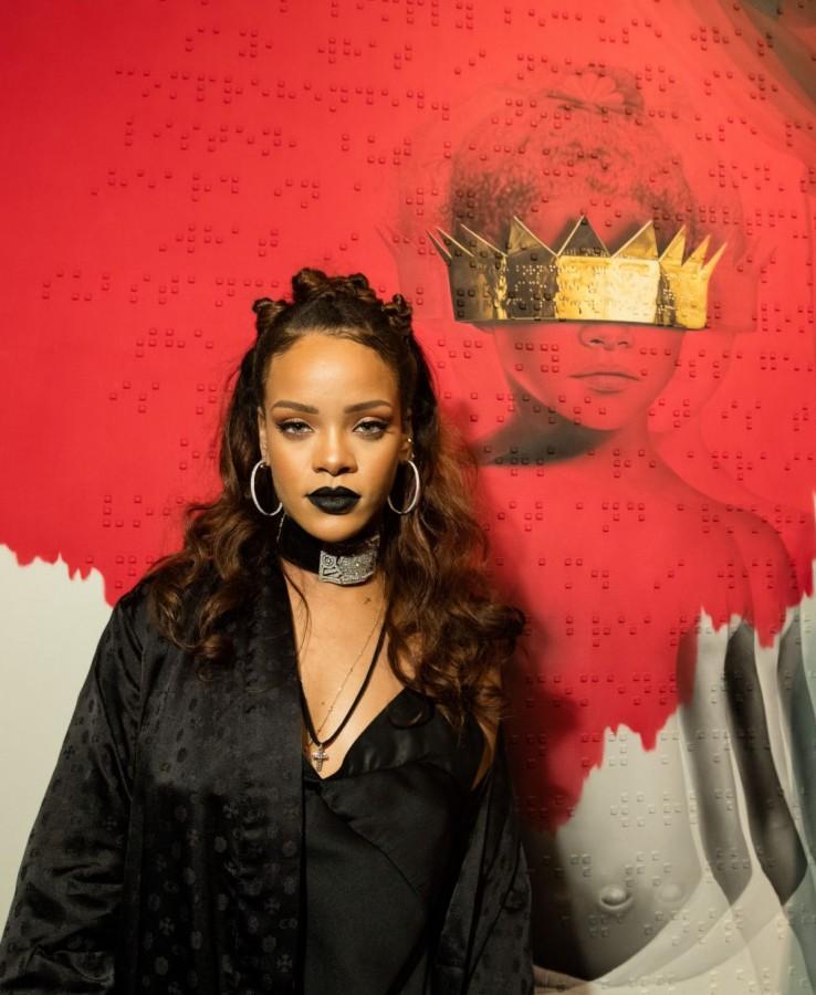 Rihanna Returns