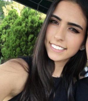 Lara Onuk