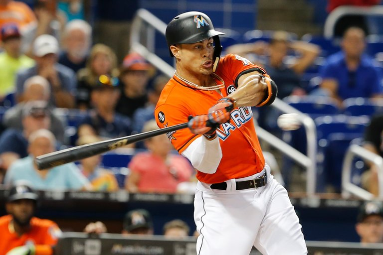 Giancarlo+Stanton+Playing+for+the+Miami+Marlins