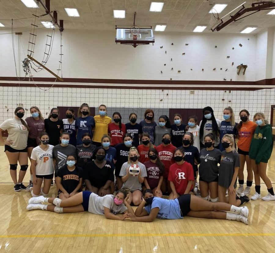 Girls+Volleyball+Ready+to+Take+on+Their+Season